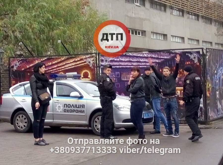 В Киеве пьяный водитель пытался скрыться от полиции, совершив ДТП (Фото)