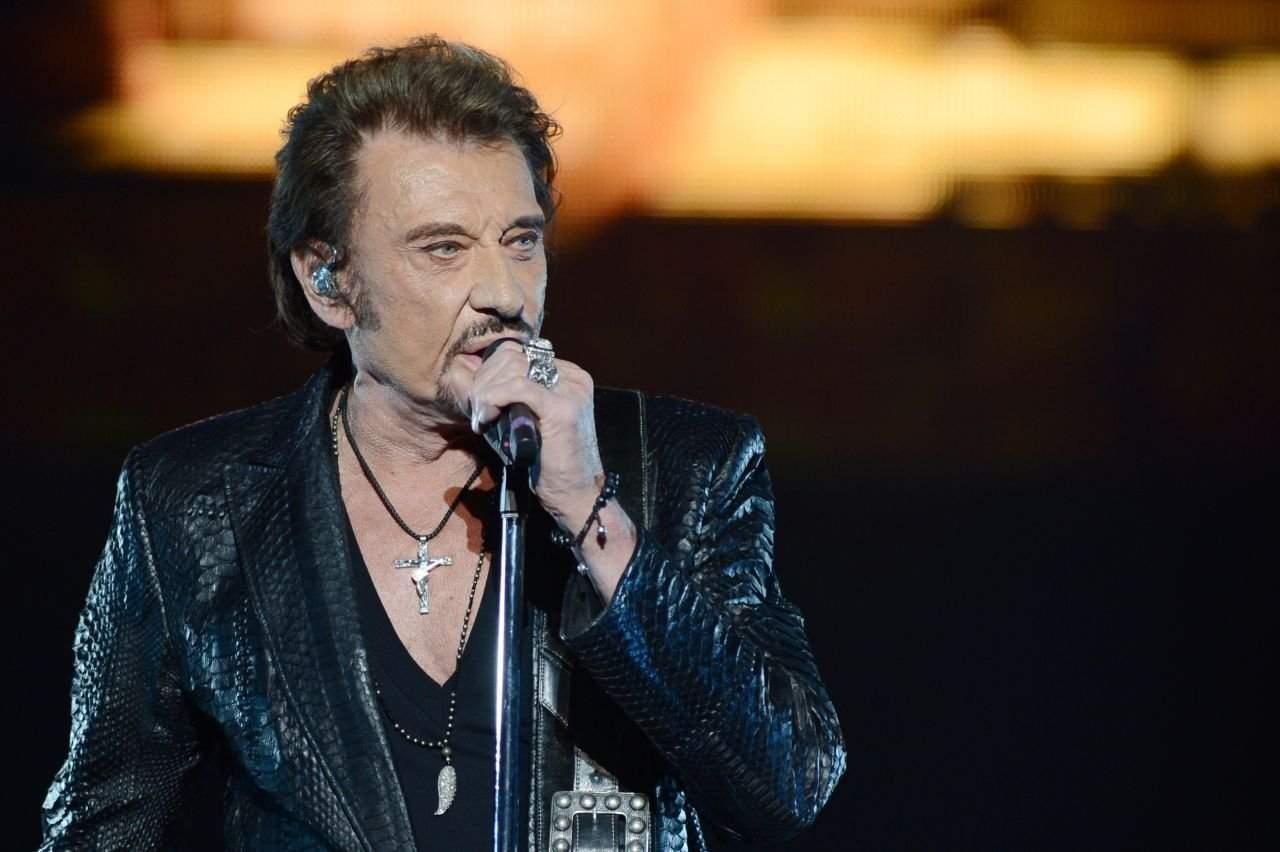Звезду французской рок-музыки госпитализировали в Париже