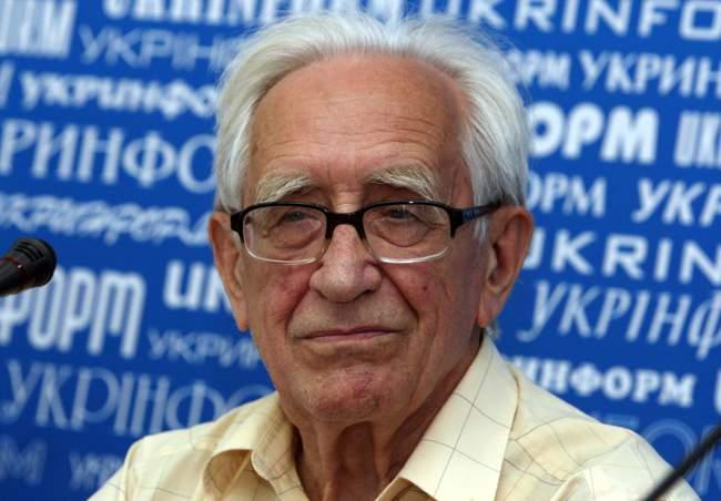 Ющук: «Должностных лиц, которые не разговаривают на украинском языке, нужно отстранять»