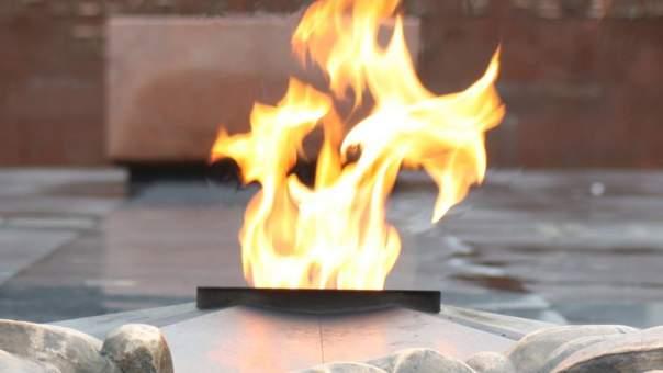 В столице снова осквернили Вечный огонь