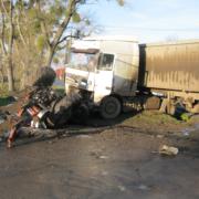 На Львовщине фура раздавила трактор. Есть пострадавшие (Фото)