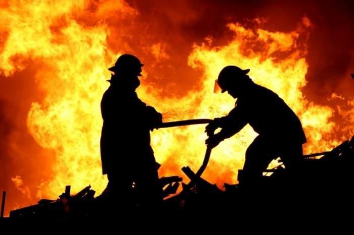 В Батуми в результате пожара в гостинице погибли люди (Видео)