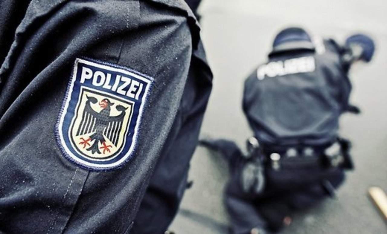 В Германии пьяный водитель сбил толпу людей