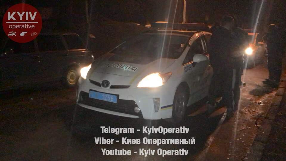 В Киеве пьяный мужчина ограбил таксиста (фото)