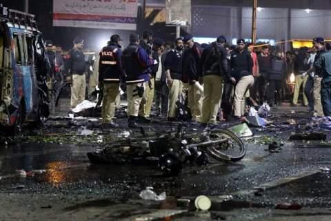 На северо-западе Пакистана террористы устроили кровавый теракт