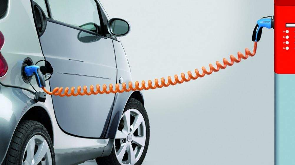 Депутаты отменили налоги и акциз на ввоз электромобилей в Украину