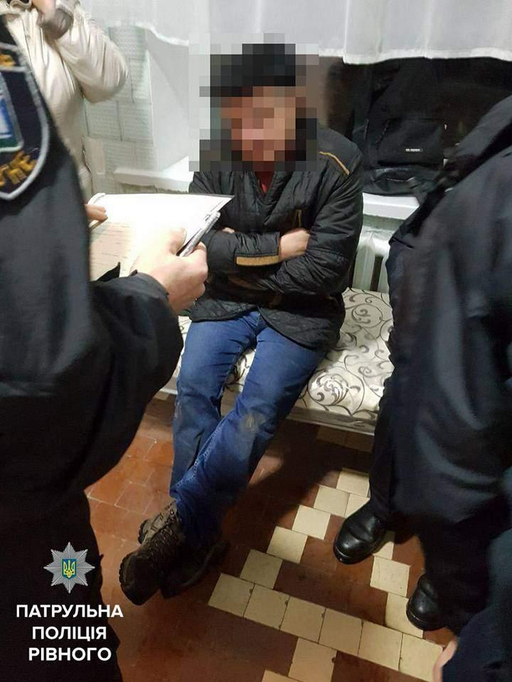 На Ровенщине пьяный депутат пытался сбежать от полиции (Фото)