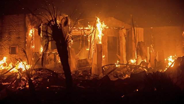 Из Калифорнии снова эвакуируют людей