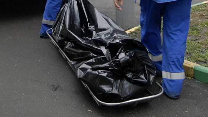 В Запорожье на улице люди нашли труп женщины