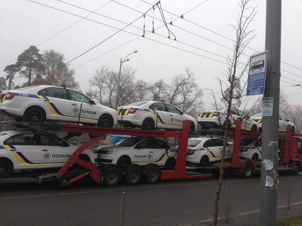 В Киев прибыли новые авто для полиции (Фото)