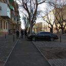 В Одессе велодорожку  превратили в автостоянку (Фото)