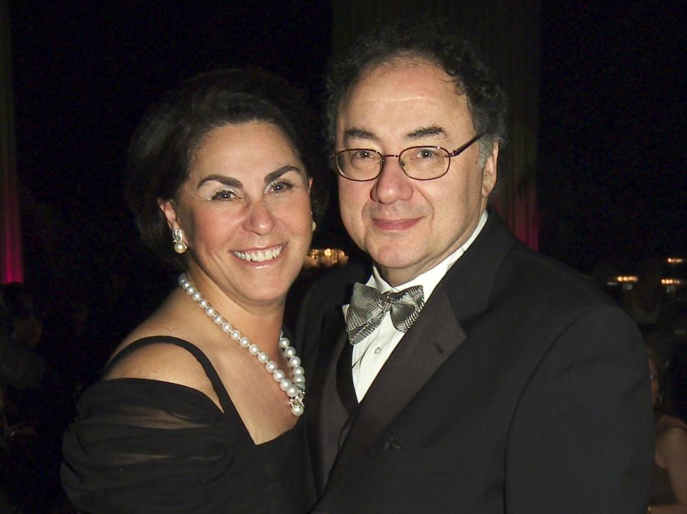 В Канаде умерли супруги-миллиардеры