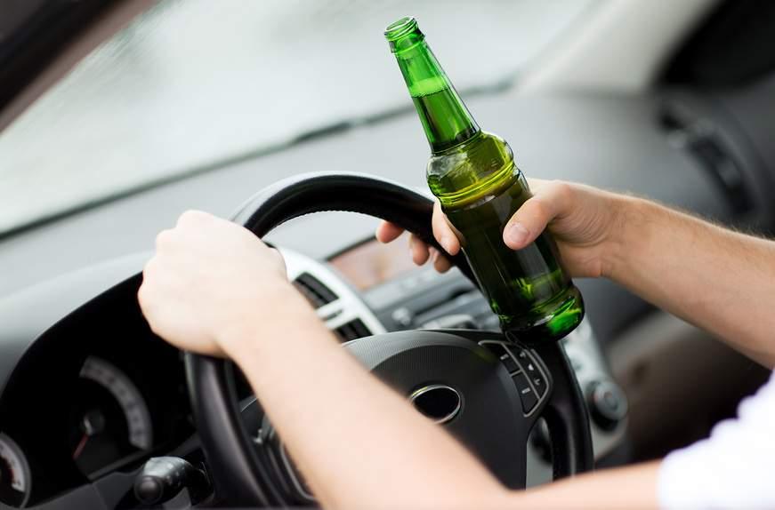 На Сумщине пьяный водитель врезался в группу людей