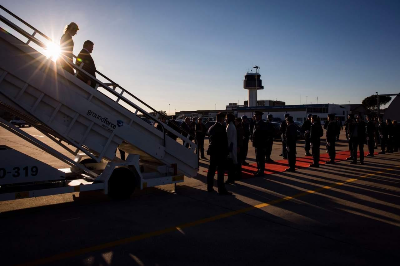Пётр Порошенко прибыл в Португалию с рабочей программой (фото)