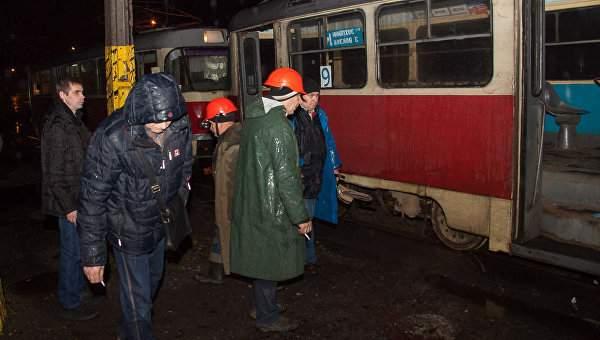 Жуткая трагедия в Днепре: мужчину попавшего под трамвай разрезало на части