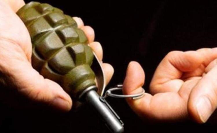 Херсонские правоохранители выложили видео с грабителем, который подорвал себя гранатой