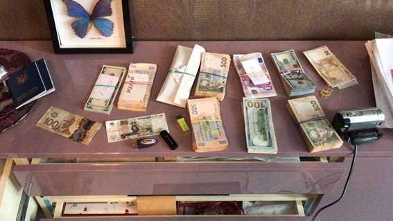 Полиция задержала группу лиц, которые продавали бады (Фото)