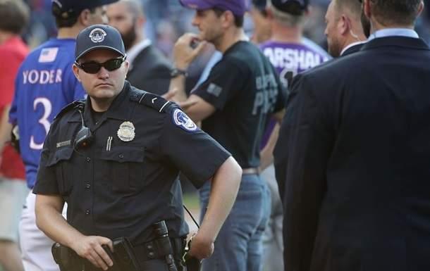 В США мужчина открыл стрельбу вблизи метрополитена в Вашингтоне