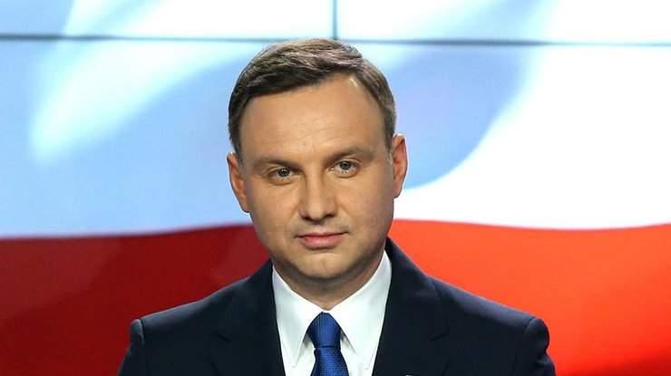 Президент Польши подписал закон о строительстве огромной стены на границе с Украиной