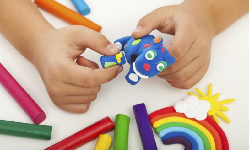 В чем польза детских наборов для творчества?
