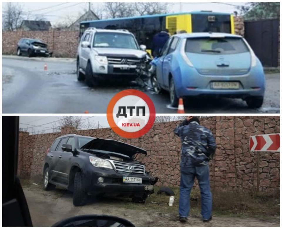 Водитель на Mitsubishi Pajero устроил тройное ДТП в Киеве