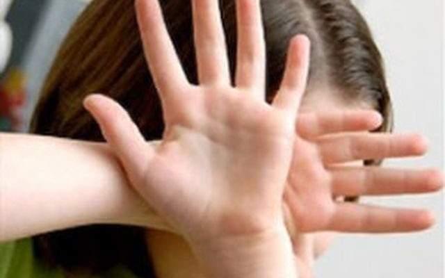 В Херсонской области педофил совершил акт насилия над дочерью сожительницы
