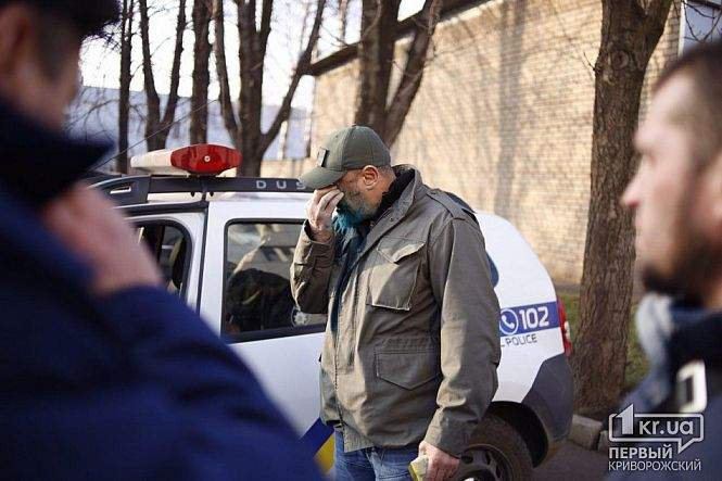 В Кривом Роге неизвестный за деньги облил зеленкой депутата (Фото)