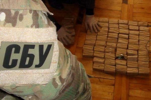 В Запорожье СБУшники задержали военного, который хотел перейти на сторону РФ
