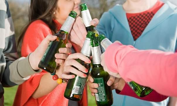 Депутаты ВР намерены ужесточить наказание за нарушение правил продажи и употребления алкоголя