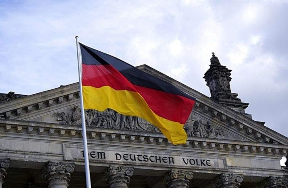 Власти Германии намерены детально изучить закон о реинтеграции Донбасса