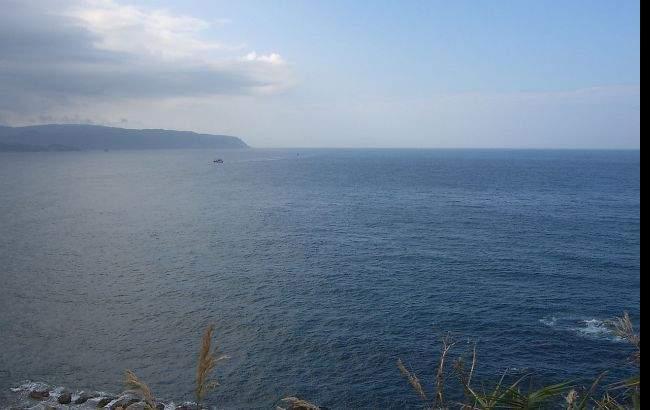 На восток от побережья Южной Кореи опрокинулось рыбацкое судно: есть погибшие