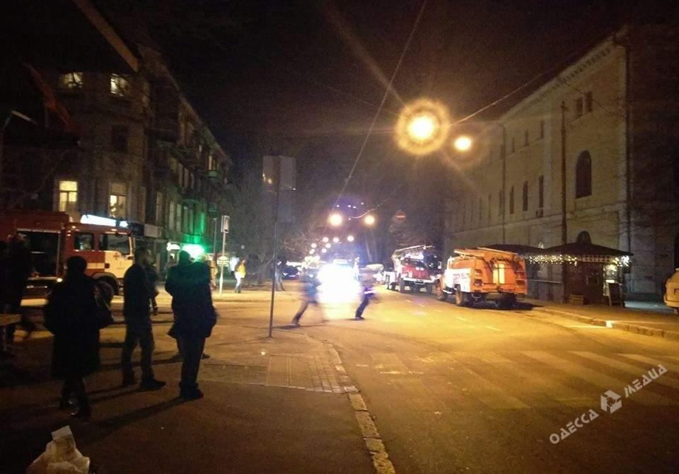 В Одессе загорелся корпус университета им. Мечникова (фото)