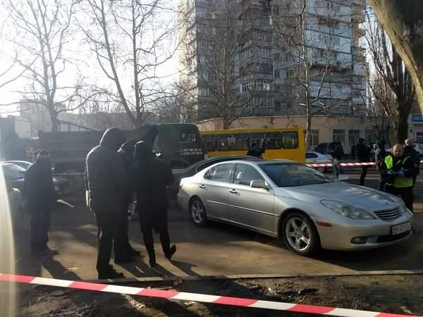 Перестрелка возле детской площадки в Одессе: Есть пострадавшие (Фото)