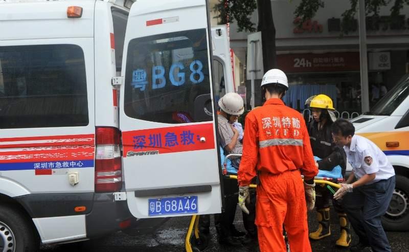 В туристическом центре Шанхая фургон протаранил группу пешеходов