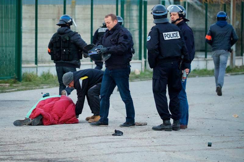 Во Франции вспыхнул конфликт между группами мигрантов
