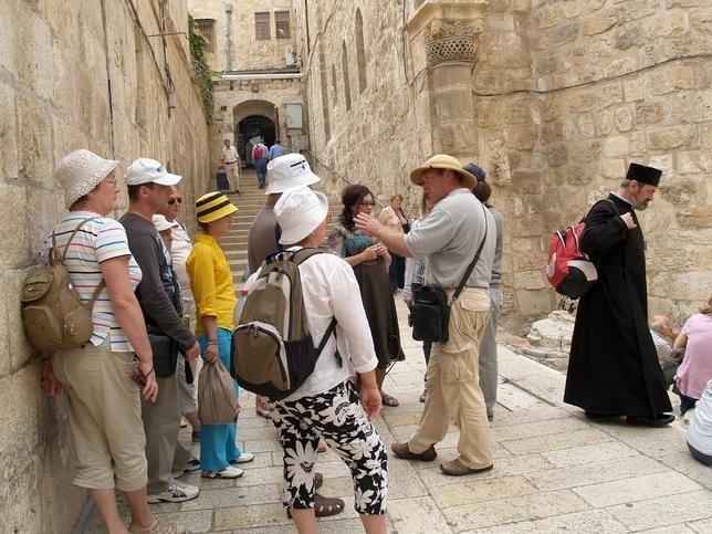 В Израиле польских туристов закидали камнями