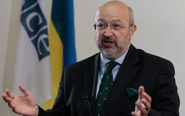 Верховный комиссар ОБСЕ поддерживает двуязычное образование на Закарпатье