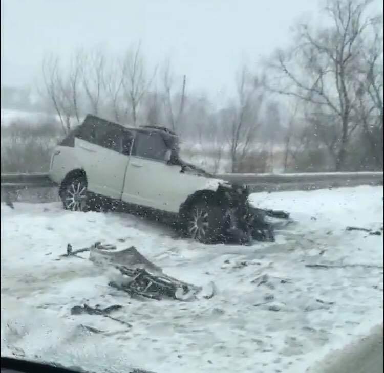 Под Ровно в разрушительном ДТП погибли двое человек (Фото)