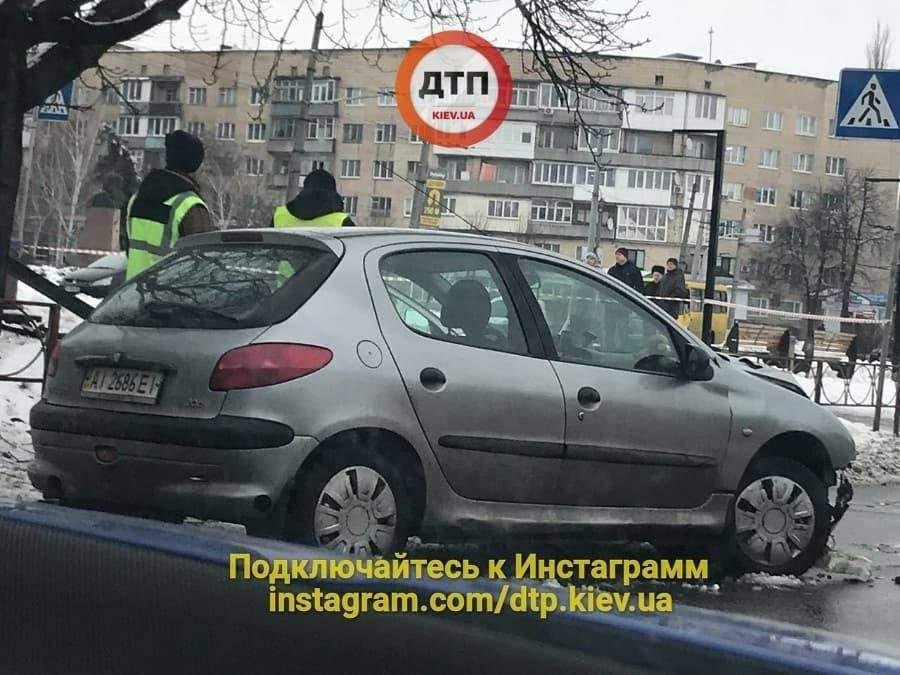 Смертельное ДТП под Киевом: пьяная женщина сбила участника АТО и пенсионерку (фото)