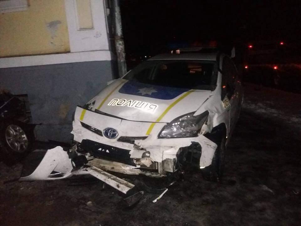 В Полтаве полицейское авто врезалось в нарушителя ПДД (Фото)