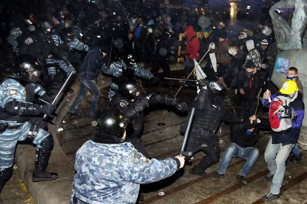 Прокуратура озвучила имена главных подозреваемых в расстрелах Евромайдана