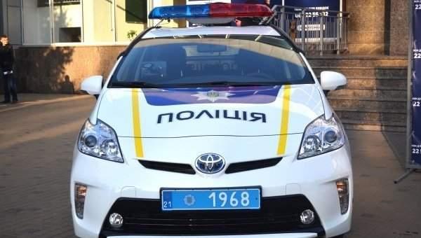 Скандал в Одессе: полиция хотела забрать машину при тест драйве (видео)