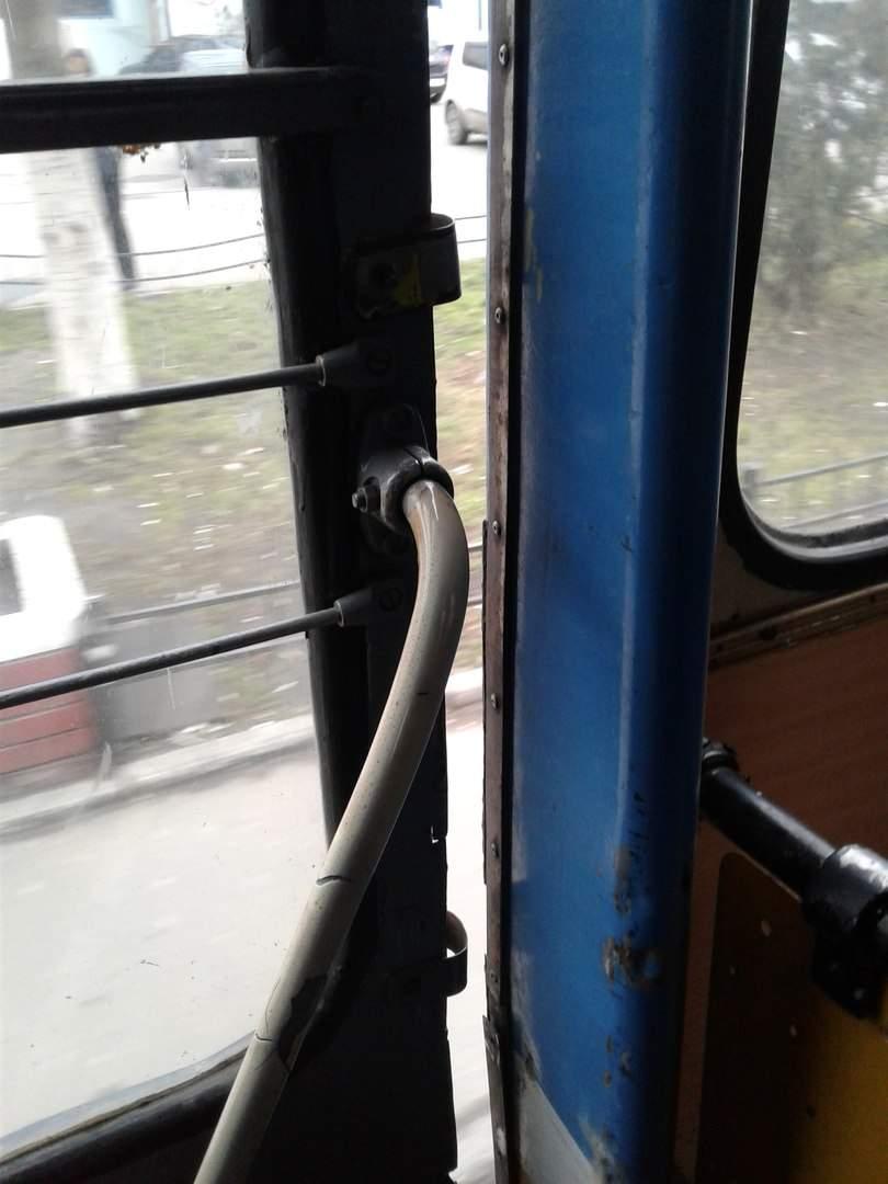 В Одессе ходят троллейбусы, которые находятся в аварийном состоянии (фото)