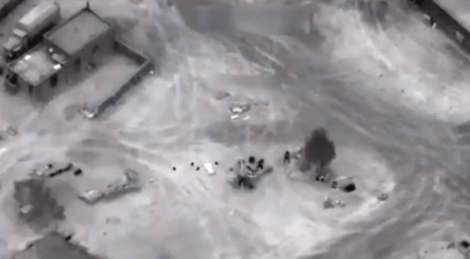 """СМИ показали кадры уничтожения отряда ЧВК """"Вагнер"""" в Сирии (Видео)"""