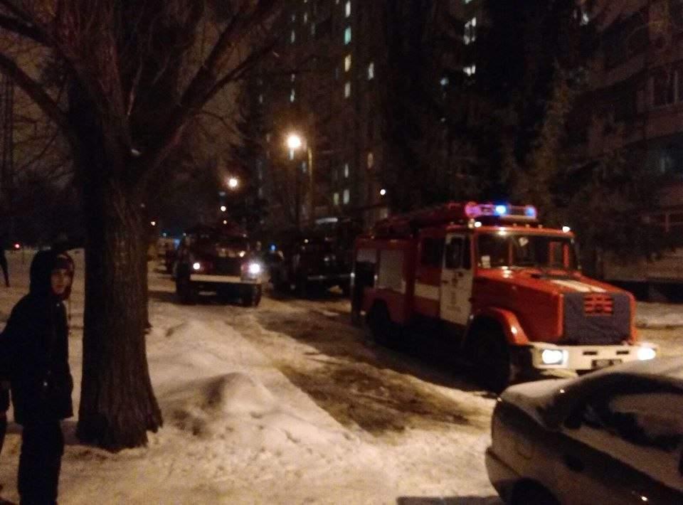 В Харькове мужчина выбросился из окна многоэтажного дома (фото)