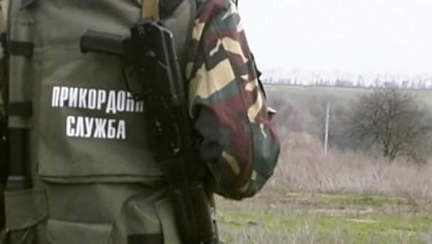 На Львовщине мужчина хотел обойти паспортный контроль и попасть в Польшу