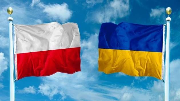 Польша не хочет ослабления связи польского и украинского обществ из-за споров
