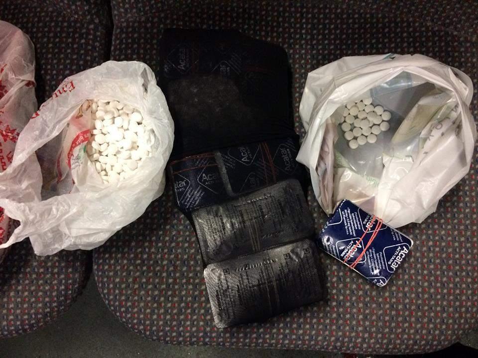 На Волыни были задержаны два наркодельца, которые пытались ввезти наркосодержащие таблетки из Европы