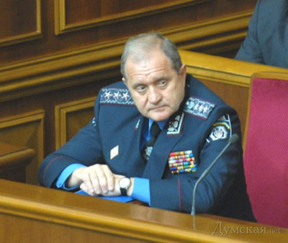 Экс-министр МВД Украины заявил, что власти не сочли  необходимым удерживать Крым
