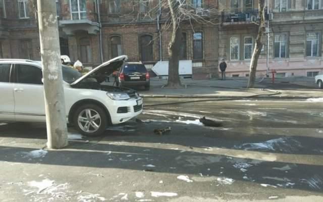 В Одессе неизвестные  кинули